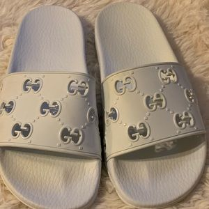 Gucci Pursuit GG Logo Slide Sandal Size 37!!!